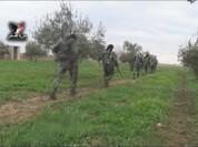 """Lực lượng """"Hổ Syria"""" vùi dập IS, xác phiến quân rải khắp chiến địa đông Aleppo (video)"""