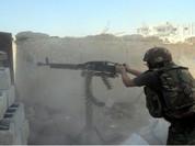 """Lính Syria """"làm gỏi"""" xe tăng T-55 phiến quân ở Daraa (video)"""