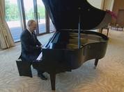 Tổng thống Nga thử đàn dương cầm tại tư dinh chủ tịch Tập Cận Bình (video)