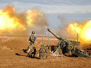 Chiến sự Ukraine: Quân Kiev pháo kích ác liệt vào Donbass