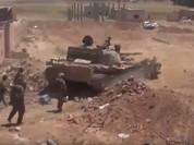 """Quân """"Hổ Syria"""" đập tan IS, chiếm mỏ dầu chiến lược ở Raqqa (video)"""