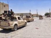 """Chiến sự Syria: Người Kurd bao vây """"thủ đô"""" của IS"""