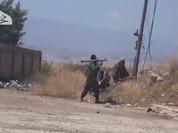 Phiến quân Syria tấn công lớn, Israel không kích dọn đường (video)