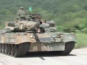 Tăng Т-80U Nga lặn ngầm, nhả đạn tại Hàn Quốc (video)