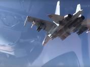 """Chiến đấu cơ Su-35 Nga """"thổi bay"""" xe IS tại Homs (video)"""