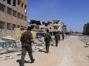 Phiến quân IS nộp mạng hàng loạt tại chảo lửa Raqqa