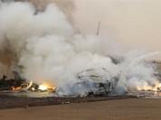 Clip: Phi cơ chở 45 người lao xuống đất, cháy rụi