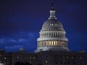 Chính phủ Mỹ được cấp hơn 1.000 tỷ USD, thoát nguy cơ đóng cửa