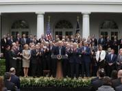 Tổng thống Trump ăn mừng Hạ viện Mỹ thông qua Luật Chăm sóc sức khỏe