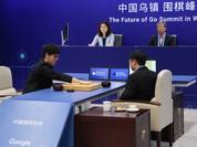 """Trí tuệ nhân tạo AlphaGo """"nghỉ hưu"""" sau khi đánh bại kiện tướng cờ vây"""