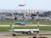 Vì sao sân bay Tân Sơn Nhất nhiễu sóng lạ, mất kiểm soát không lưu?