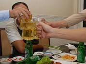 Việt Nam trở thành 'điểm sáng' tiêu thụ bia trong khu vực