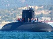Trung Quốc đối mặt tàu ngầm Nga ở Biển Đông