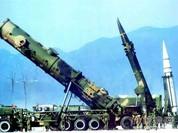 """""""Đe"""" Mỹ thăm Biển Đông, Trung Quốc phóng tên lửa liên lục địa"""