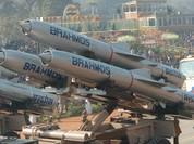 """Việt Nam thủ """"siêu vũ khí"""" uy trùm Biển Đông, Trung Quốc trách Nga-Ấn"""