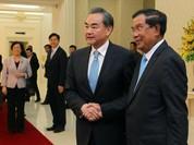 """Hunsen """"phản pháo"""" vụ ASEAN rút tuyên bố Biển Đông, Campuchia phản đối tòa quốc tế"""
