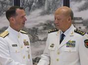 Thăm Trung Quốc, đô đốc Mỹ tuyên bố tiếp tục tuần tra Biển Đông