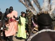 """Nữ Bộ trưởng Quốc phòng Nhật Bản thăm Nam Sudan làm nhiệm vụ """"mở đường"""""""
