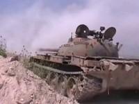 Tên lửa TOW Mỹ thiêu cháy 3 xe tăng quân đội Syria (video)