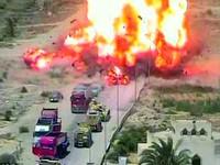 Sốc: Xe tăng Ai Cập cán nát xe đánh bom tự sát của IS, cứu sống 50 người (video)
