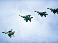 """Nhật Bản ứng phó máy bay Trung Quốc theo mô hình """"4 chọi 1"""""""