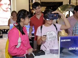 Giới trẻ Sài Thành háo hức trải nghiệm hệ sinh thái Samsung