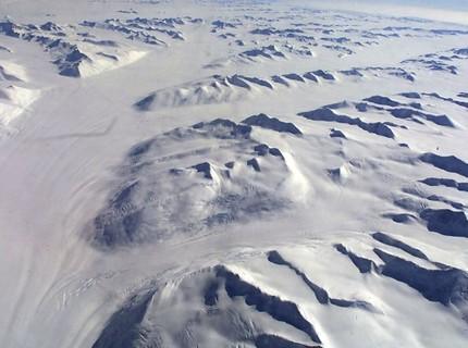 Phát hiện thêm 91 ngọn núi lửa mới ở Nam Cực và đây là điều đáng sợ