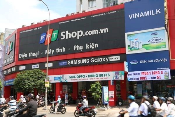 FPT Retail với 2 chuỗi cửa hàng FPT Shop và F Studio sẽ hợp tác với Vinamilk để bán sữa.