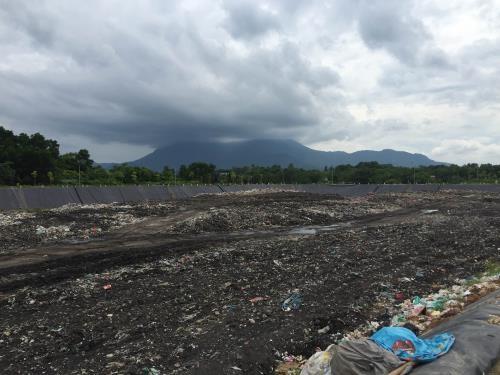 Nhật Bản hỗ trợ Hà Nội xây dựng mô hình xử lý rác thải.