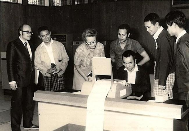 Máy tính trung ương có tên ICL 1902S do Công ty Trách nhiệm hữu hạn Máy tính Quốc tế sản xuất. (Nguồn: Frontier Myanmar)