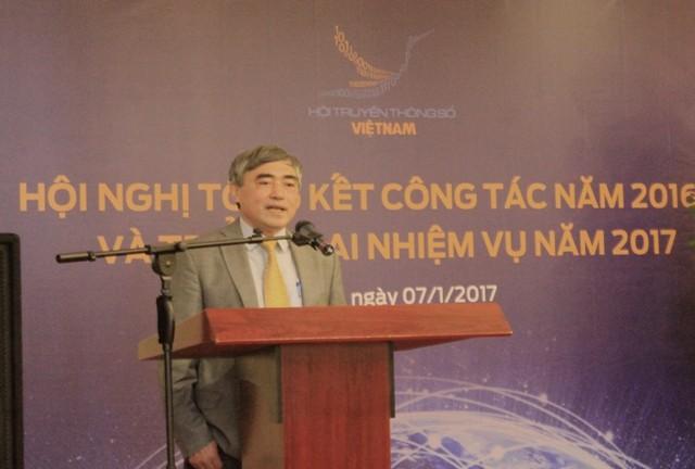 Thứ trưởng Bộ TT&TT Nguyễn Minh Hồng biểu dương những kết quả Hội TTS Việt Nam đạt được.