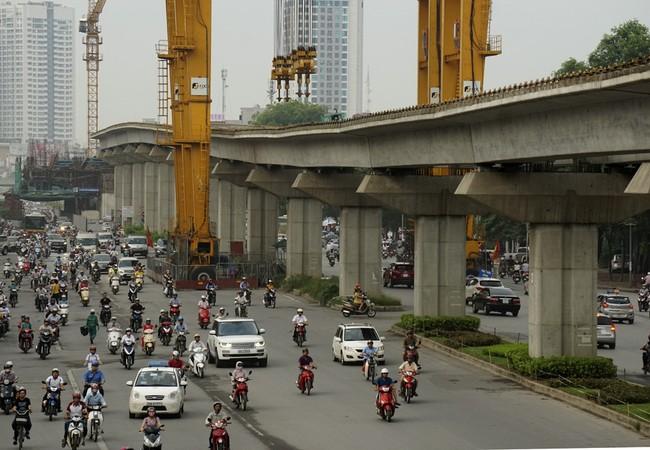Dự án đường sắt trên cao Cát Linh - Hà Đông chậm tiến độ nhiều năm.