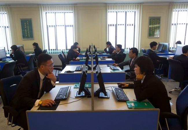 Chỉ 1/10 người dân Triều Tiên có điện thoại.