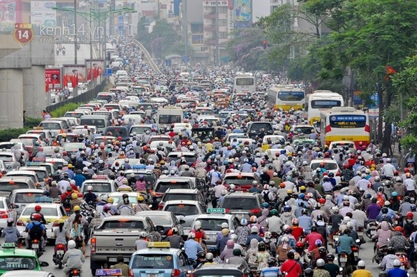 Ý kiến chuyên gia cho rằng lộ trình cấm xe máy vào nội thành Hà Nội là quá nóng vội.