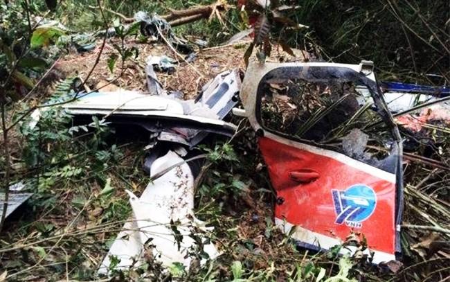 Bộ Quốc phòng vừa có văn bản đề nghị Thủ tướng Chính phủ quyết định công nhận liệt sĩ đối với 3 phi công tổ bay EC-130T2 bị tai nạn ở Bà Rịa-Vũng Tàu (ảnh hiện trường vụ tai nạn)
