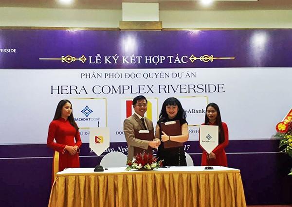 Chiều ngày 8/4, Nhất Nam và Bách Đạt ký kết hợp tác phân phối độc quyền dự án Hera Complex Riverside