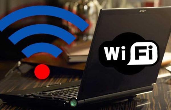 Người dùng laptop đôi lúc không thể vào WiFi chỉ vì một số lỗi nhỏ (ảnh theo Pháp Luật TP.HCM)