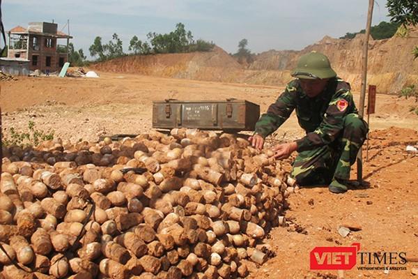 Trong tháng 9/2017, Bộ Quốc phòng sẽ triển khai Dự án Việt Nam - Hàn Quốc khắc phục hậu quả bom mìn sử dụng vốn ODA không hoàn lại của Chính phủ Hàn Quốc trị giá 20 triệu USD, nguồn lực trang thiết bị và công sức người lính của Bộ Quốc phòng khoảng 9 triệ