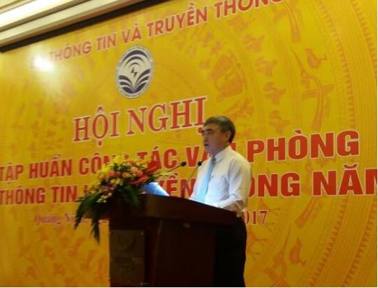 Thứ trưởng Bộ TT&TT Nguyễn Minh Hồng phát biểu khai mạc Hội nghị