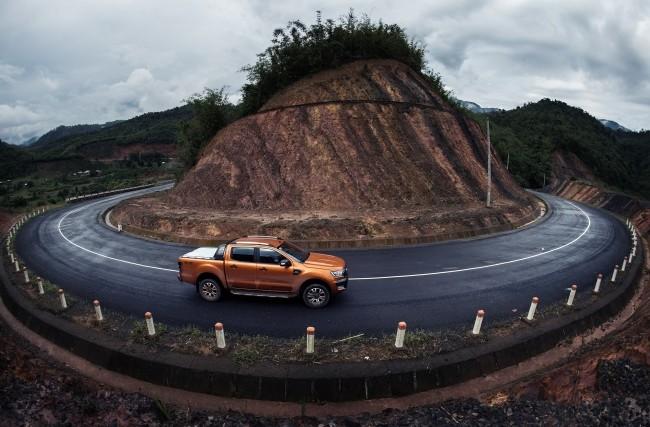 Ford giới thiệu Ranger phiên bản Wildtrak 2.2L AT 4x4 hoàn toàn mới