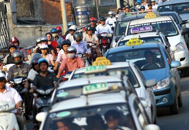 Theo Sở GTVT Hà Nội, khi được đưa vào thực thi, quy chế mới sẽ giúp làm giảm bớt mật độ giao thông trên địa bàn Thành phố hiện nay. Ảnh: Taxi Ba Sao