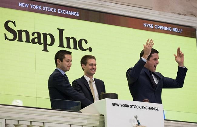 Ban lãnh đạo Snap trong buổi lễ IPO tại sàn chứng khoán New York