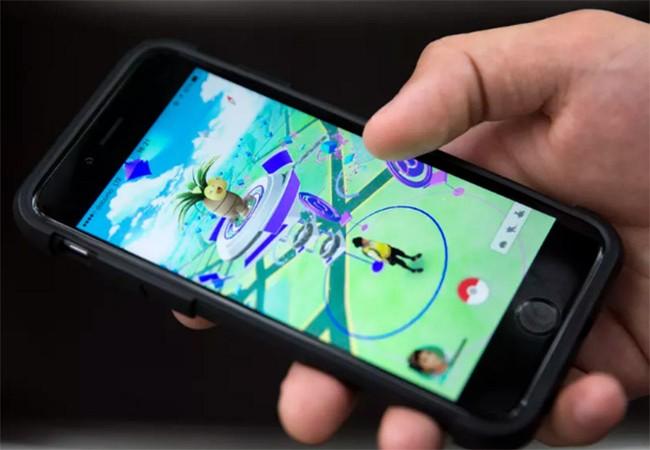 Pokemon GO là một trò chơi dựa trên công nghệ thực tế tăng cường được rất nhiều người ưa thích
