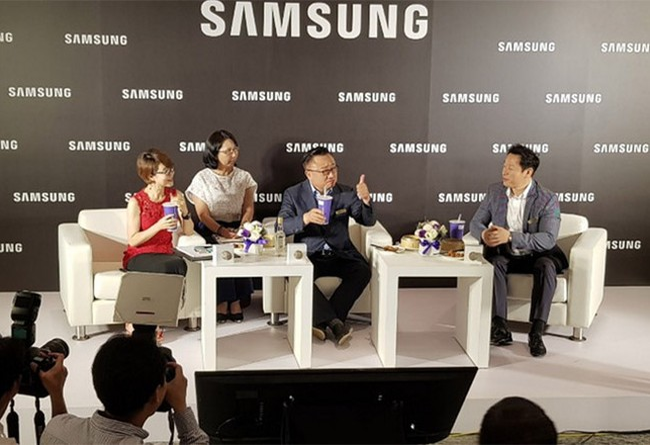 CEO Samsung gặp gỡ giới báo chí Đài Loan