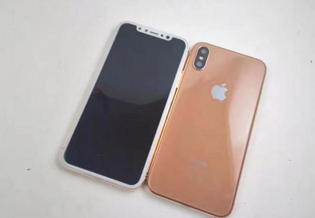 Mô hình iPhone 8 Pro (ảnh FB CEO Golden Ace)