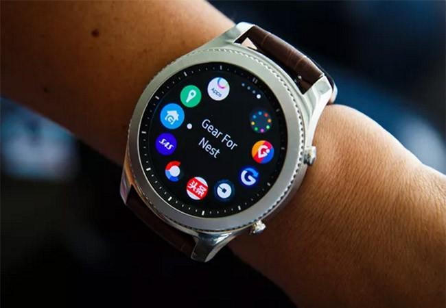 Đồng hồ thông minh Gear S3 của Samsung (ảnh CNET)