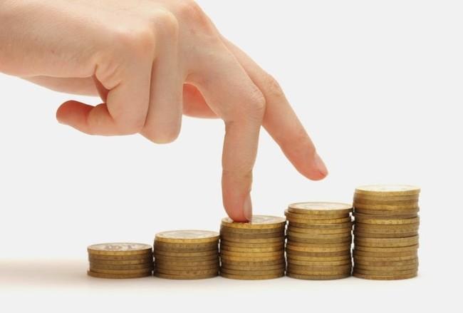 Cần tăng lương lên 10- 12% để đảm bảo đời sống.