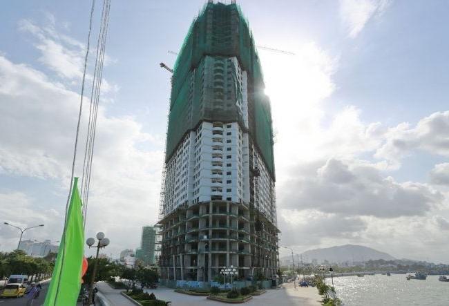 Tổ hợp khách sạn - căn hộ cao cấp Mường Thanh Khánh Hòa (phía Nam Cầu Trần Phú, TP Nha Trang)