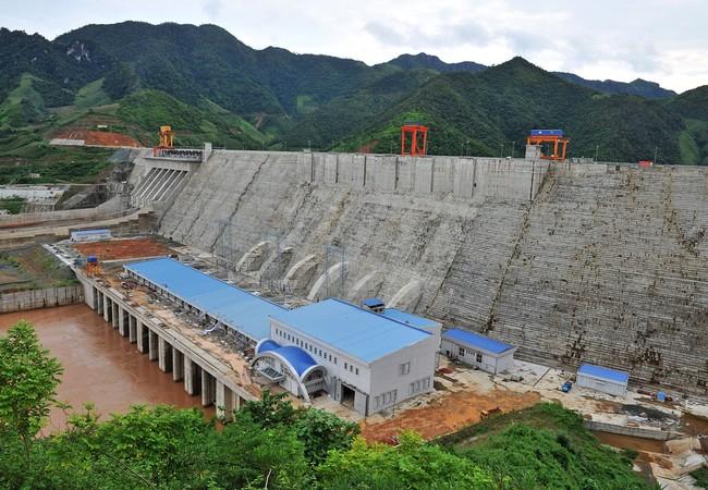 Thuỷ điện Sơn La có công suất phát điện lớn nhất cả nước cũng là nhà máy lớn nhất trên sông Đà- (Ảnh minh họa).