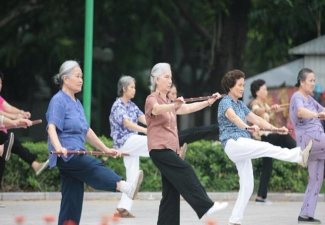 Bộ LĐ-TB&XH đề xuất tăng tuổi nghỉ hưu có lộ trình, và nhóm lao động- (Ảnh minh họa).